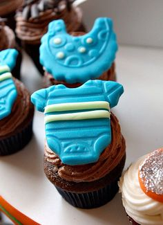 Baby shower cupcakes for a new boy