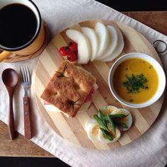 朝ごはん。 breakfast.