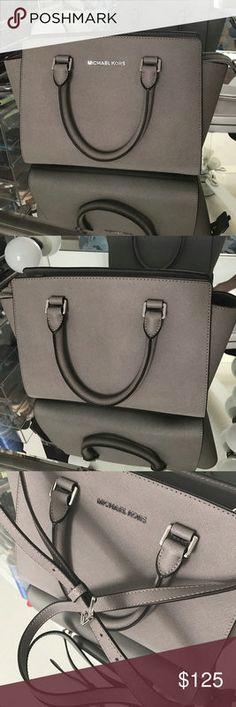Michael Kors Shoulder Bag - Gia