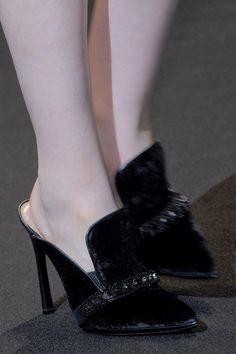 Shoe Cam: Alberta Ferretti Fall 2013