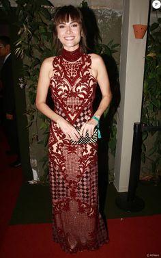 Maria Casadevall apostou no vestido Fabiana Milazzo para o evento de gala