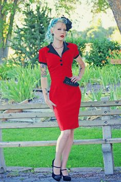 Pinup Girl Rockabilly Dress with Bow Vintage door NicoleKatherine, $115.00