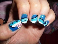It's shark week y'all! Is anyone as obsessed with this week-long aquatic extravaganza as I am? If you are, I've found the perfect way to express your enthusiasm. Try one of these super cute shark manicures! Love Nails, How To Do Nails, Pretty Nails, Fun Nails, Color Nails, Shark Nail Art, Shark Cupcakes, Beach Nails, Mani Pedi