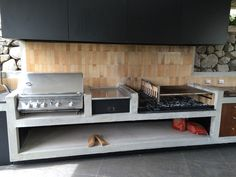 Decorating Tips for Outdoor Kitchen Ideas & Renovation Outdoor Barbeque, Outdoor Oven, Outdoor Cooking, Bbq Kitchen, Backyard Kitchen, Kitchen Ideas, Outdoor Kitchen Plans, Outdoor Kitchen Design, Parrilla Exterior