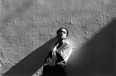 Magnum Photos - Ferdinando Scianna 1988 Carmona Spain Italy modèle Celia Forner