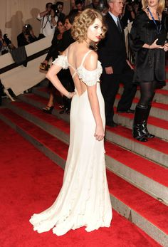 Taylor Swift blanca y radiante (aunque compuesta y sin novio otra vez)