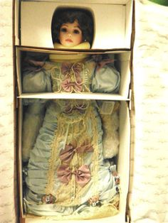 "LENORA Doll made by Mary Benner and issued by Rustie - 36"" MIB"