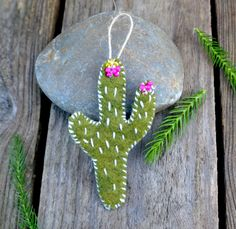 Hey, I found this really awesome Etsy listing at https://www.etsy.com/uk/listing/258224340/mini-hand-sewnembroidered-felt-cactus