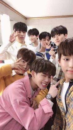 Get the best kpop lockscreens/wallpapers here. K Pop, Yoshi, Yg Trainee, Korea Boy, Best Kpop, Treasure Boxes, Yg Entertainment, Going Crazy, K Idols