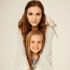 Lennon & Maisy Stella are actresses, singers and authors. They play Maddie & Daphne Conrad on the hit TV show Nashville. The real-life sisters, ages 19 and Nashville Series, Nashville Tv Show, Nashville Quotes, Radios, Pretty People, Beautiful People, The Lennon Sisters, Boom Clap, Lennon Stella