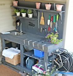 Having a potting bench makes working in the garden so much easier and more organized. Here's a great collection of DIY potting bench ideas. #potting #bench #pottingbenchideas #garden #pottable