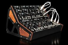 2015 has been an amazing year for synth introductions – with major new synth lines from Roland, Yamaha and Korg; new modular synths, both big and small, from Moog and others; a new Prophet fr… Synthesizer Music, Analog Synth, Diy Cnc Router, Diy Rack, Drum Machine, Dj Equipment, Body Electric, Dj Music, Vintage Keys