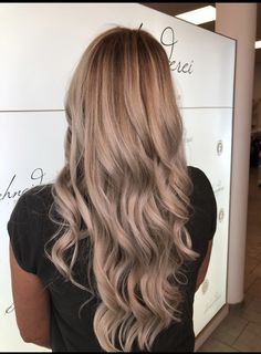 Blonde hair color Trends, Blonde Color, Hair Colors, Pretty Hairstyles, Blonde Hair, Long Hair Styles, Makeup, Beauty, Shaving Machine