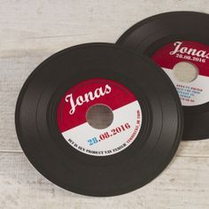 Muziekaal vinylplaat kaartje | Tadaaz #plaat #vinyl #geboortekaartje Birth Announcement Girl, Templates Printable Free, Free Printables, 3d Printing, Hilarious, Collage Sheet, Sibling, Babyshower, Motors