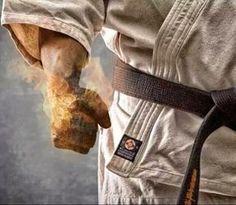 "Karate-ka The Power of ""Kiai! Kyokushin Karate, Karate Shotokan, Goju Ryu Karate, Kenpo Karate, Martial Arts Quotes, Martial Arts Workout, Boxing Workout, Aikido, Judo"
