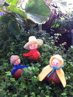 Hazelnut Dolls for your Fairy Garden by StellerCreations on Etsy, $9.00