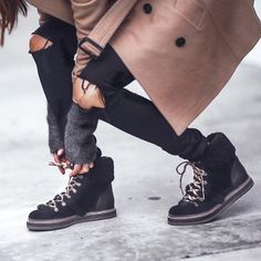 This fall, it's all about the hiker boot. Erica of @fashionedchicstyling tried some of our favorites, like this pair from See by @chloe. Tap link in profile to shop, go to BG.com/blog for more. #SeebyChloe #boots #wiwt #ootd