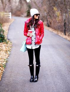 the pink peonies....but I can't find this on her blog.  Fun look