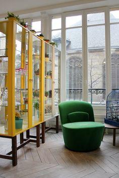 IKEA STOCKHOLM Vitrine, jaune 349 €