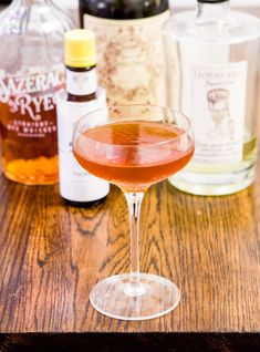 What if we add absinthe as an optional tenth bottle to our Bar arsenal? Well, if we do, then drinks like this Waldorf cocktail are suddenly in play. Bourbon Cocktails, Whiskey Drinks, Cocktail Drinks, Fun Drinks, Cocktail Recipes, Drink Recipes, Beverages, Rye Whiskey, Shot Recipes