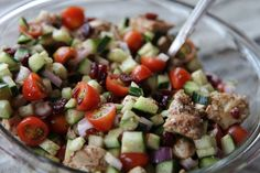 Chicken Cucumber Salad for summer! Clean Eating Salads, Clean Eating Chicken, Healthy Eating, Clean Eating Recipes, Cooking Recipes, Gluten Free Recipes, Healthy Recipes, Cucumber Salad, Soup And Salad