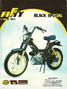 fifty malaguti pubblicita Fast Scooters, Motor Scooters, Custom Mini Bike, Custom Bikes, 50cc, Motorcycle Design, Vintage Advertisements, Motorbikes, Cycling