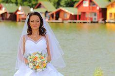 Peach white wedding