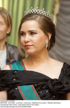 Luxembourg's current Grand Duchess, Marie Theresa, wearing the Chaumt piece as a tiara, and topped with brilliant-cut diamonds