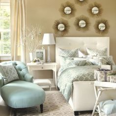 Where to buy gorgeous duvet covers? Find cozy and stylish duvet covers, bed covers, luxury bedding, bedspreads and more at Ballard Designs! Dream Bedroom, Home Decor Bedroom, Master Bedroom, Bedroom Ideas, Ideas Habitaciones, Duvet, Guest Bedrooms, Guest Room, Houses