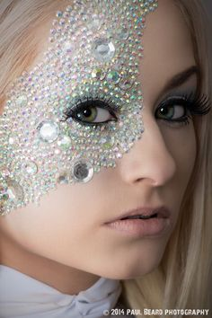 Beautiful Emma Frost diamond skin makeup. Love the different sized rhinestones. - 10 (More) Emma Frost Cosplays