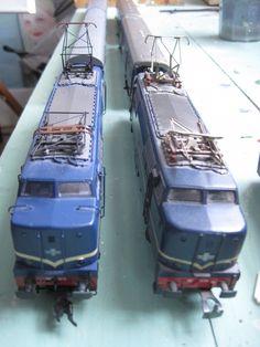 Loc 1200 by Marklin, left the 2009 model, right the 1966 model