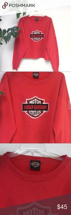 Vintage Harley Davidson cropped sweatshirt Vintage Harley Davidson sweatshirt in size medium. One of a kind piece! Harley-Davidson Sweaters Crew & Scoop Necks