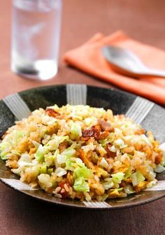 JAPANESE HOME COOKING: Coating of egg keeps fried rice with cabbage nice and dry - AJW by The Asahi Shimbun