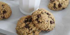 Disse deilige cookiesene er supergode og enkle å lage. Du kan lage dem med hvit eller mørk sjokolade, melkesjokolade, eller rosiner, bruk det du liker det best.