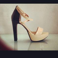 La Edo sandal