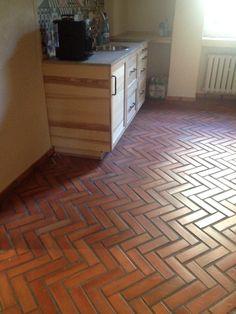Wspaniała podłoga z cegły