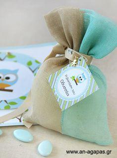 Μπομπονιέρα βάπτισης πουγκί γάζα aqua-μπεζ κουκουβάγια | an-agapas.gr Owls, Burlap, Projects To Try, Reusable Tote Bags, Decoration, Party, Christmas, Ideas, Decor