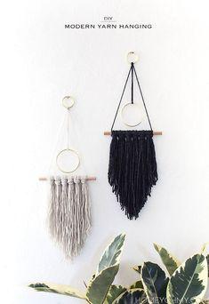 DIY Boho Decor Ideas - DIY Modern Yarn Hanging - DIY Bedroom Ideas - Cheap Hippie Crafts and Bohemian Wall Art - Easy Upcycling Projects for Living Room, Bathroom, Kitchen Yarn Wall Art, Wall Hanging Crafts, Yarn Wall Hanging, Diy Wall Art, Wall Hangings, Art Yarn, Diy Art, Diy Simple, Easy Diy