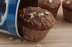 Seriously the best muffin i ever ate...vegan or not, you have to try these!  Whole Wheat, Fat-Free Vegan Apple Crisp Muffins Recipe