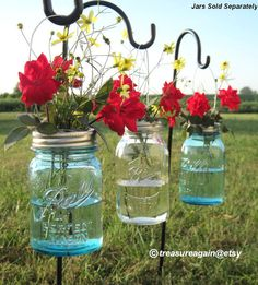 DIY Hanging Vases 12 Ball Mason Jar Hanging Flower Frog LIDS, for Candles, Flowers, Lanterns, Mason Jar Weddings . I would love this with the New Spring Green Ball Jars Mason Jar Lanterns, Mason Jar Vases, Mason Jar Flowers, Mason Jar Crafts, Mason Jar Diy, Flower Vases, Hanging Flowers, Diy Flower, Votive Candles