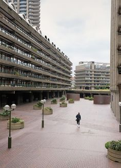 The Barbican centre - Magazine - Explore - COS London Architecture, Architecture Details, Interior Architecture, Old London, East London, Surf, Barbican, Brutalist, Children's Place