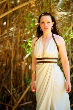 Queen Gorgo from 300. simple, but gorgeous.