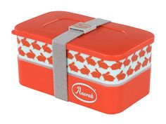 Kissing Rabbits Stacking Snack Boxes.  Ideal for your #picnic food and snacks.
