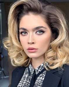 Glamour Hair, Model Face, Timeless Classic, Beauty, Beauty Illustration