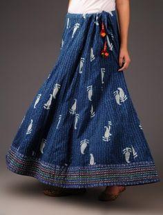 Indigo-Multi Threadwork with Rogan Border Panelled Cotton Skirt Pakistani Dresses Casual, Indian Fashion Dresses, Indian Outfits, Long Skirt Fashion, Long Skirt Outfits, Long Skirts, Long Silk Skirt, Cotton Skirt, Dandiya Dress