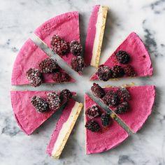 Blackberry cashew cheesecake