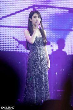 "IU 171125 ""Palette"" Tour Concert in HK"