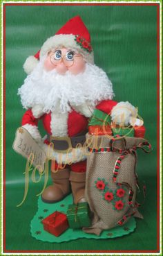 Trends you need to know Unique Christmas Crafts Santa Claus Papa Noel Felt Christmas Decorations, Beaded Christmas Ornaments, Paper Ornaments, Christmas Stockings, Christmas Clay, Christmas Crafts, Foam Crafts, Diy And Crafts, Halloween