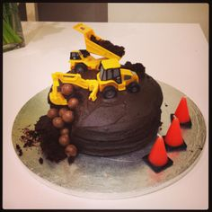 Construction-themed birthday cake! #diggers #birthdaycake #constructionparty