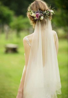 """Here we've got some beautiful wedding hairstyles for your beautiful short hair. you'll notice some distinctive and exceptional hair styles for your approaching day. Have a glance our five Cute Short Wedding Hairstyles that will cause you to Say """"Wow""""! Flower Crown Veil, Flower Crown Wedding, Wedding Hair Flowers, Wedding Hair And Makeup, Flowers In Hair, Wedding Dresses, Veil With Flowers, Short Wedding Veils, Flower Crowns"""